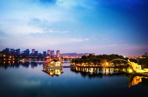 池江: 西安曲江池遺跡 西安名勝地_中国旅行,中国観光,中国ツアーのことなら、中国旅行専門サイトの中国旅行エージェンシーをお